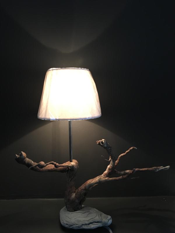 Lampe bois flotte