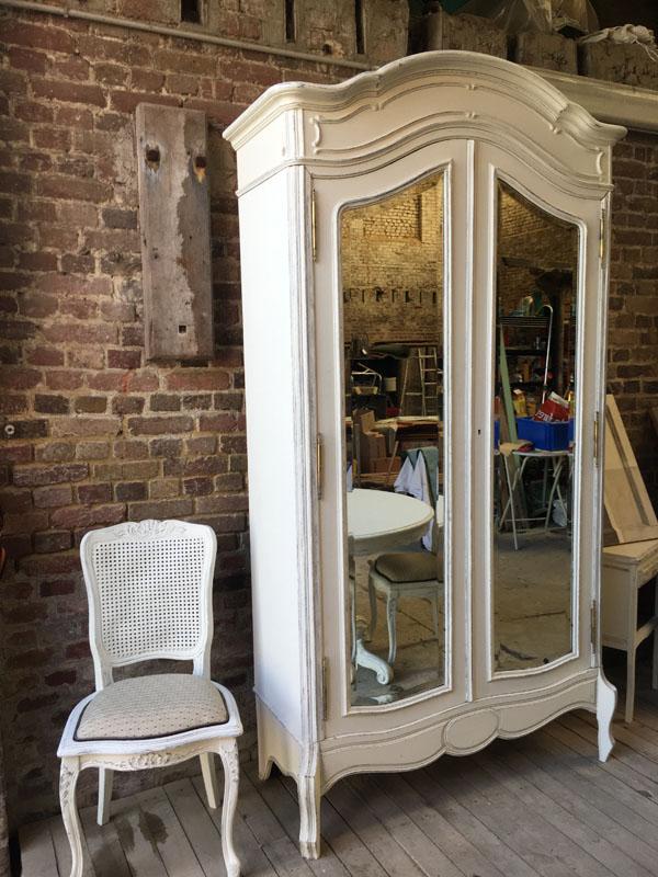 Meuble miroir relooké blanc