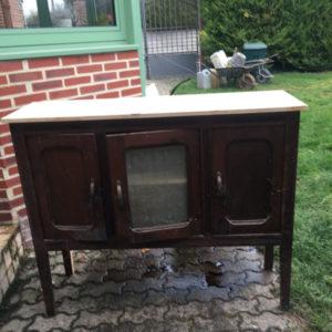 Vieux meuble avant relooking