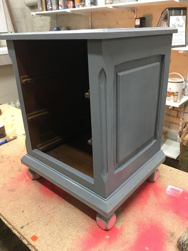 Intérieur meuble tiroir en peinture