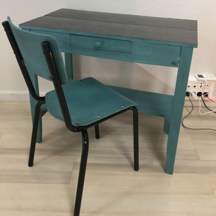 Bureau et chaise écolier relookés